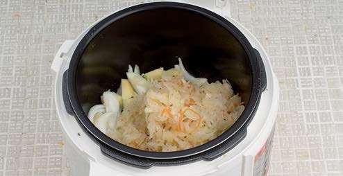 Тушеная картошка с квашеной капустой в мультиварке рецепты
