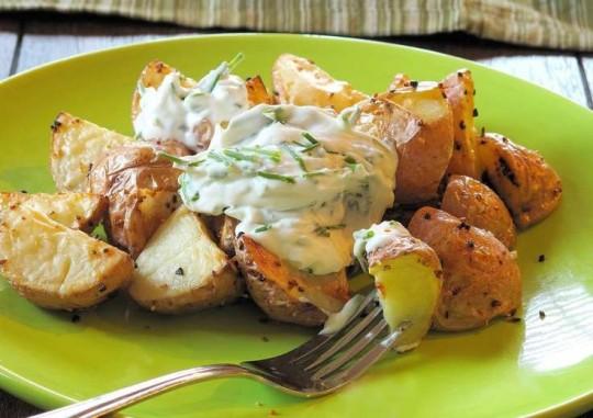 Картошка со сметаной в мультиварке