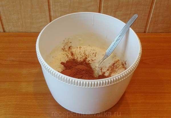 Шаг 5. Шоколадный торт с вишней в мультиварке