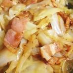 Солянка из капусты с мясом в мультиварке